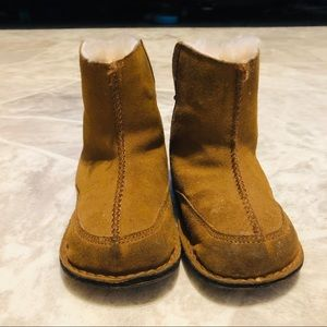 Baby brown uggs
